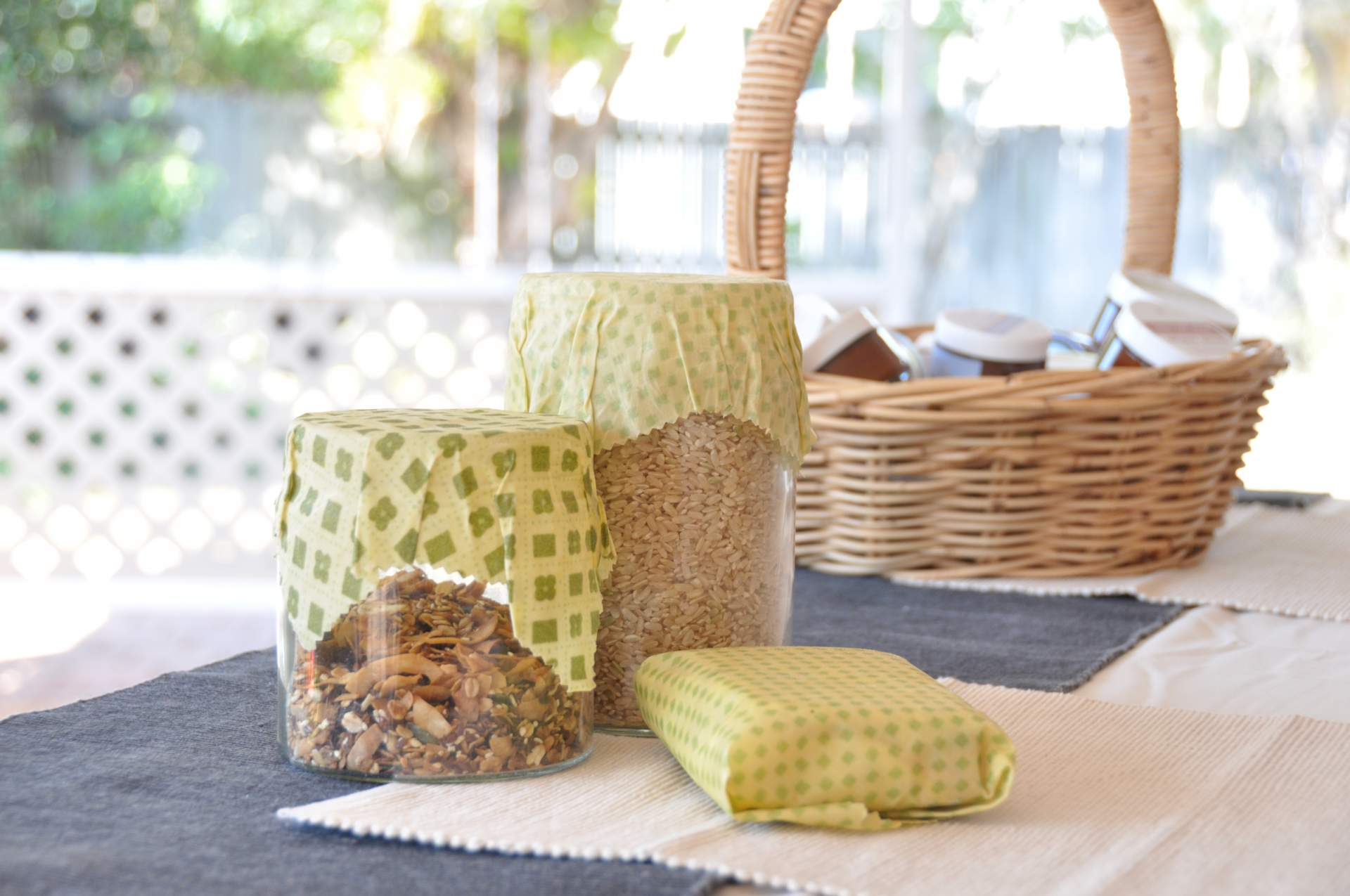 How to Make Re-useable Beeswax Wraps to Decrease Waste