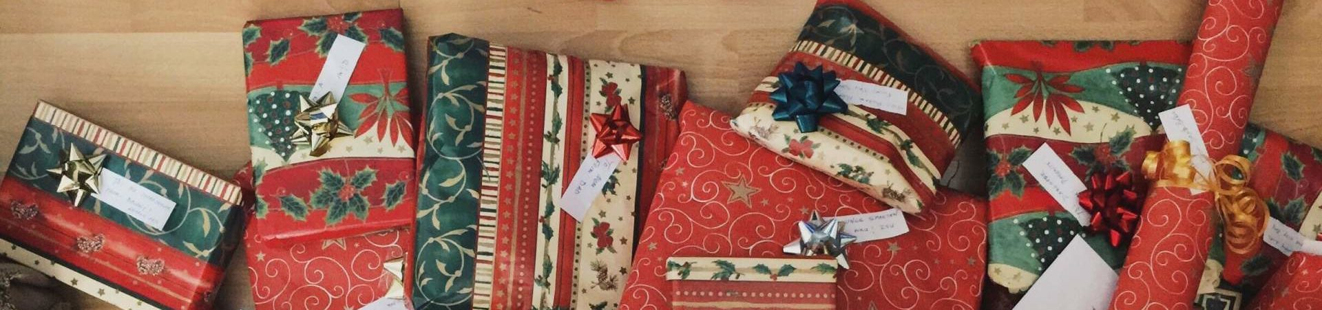7 Eco-friendly Alternatives to Toys for Christmas